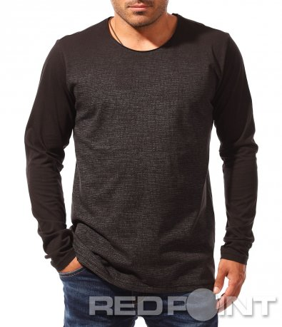 Черна блуза с овално деколте 8315