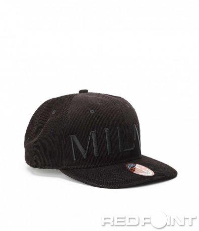 Ефектна зимна шапка Milan 9018