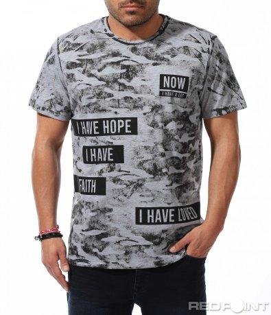 Впечатляваща тениска с принт 9219