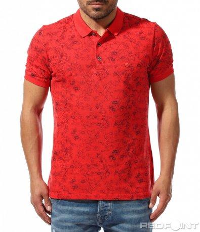 Свежа тениска с яка 9389