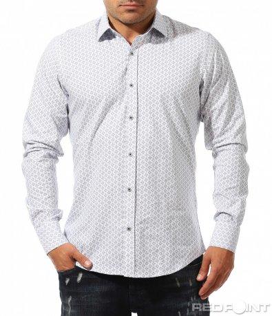 Спортно елегантна бяла риза 9677