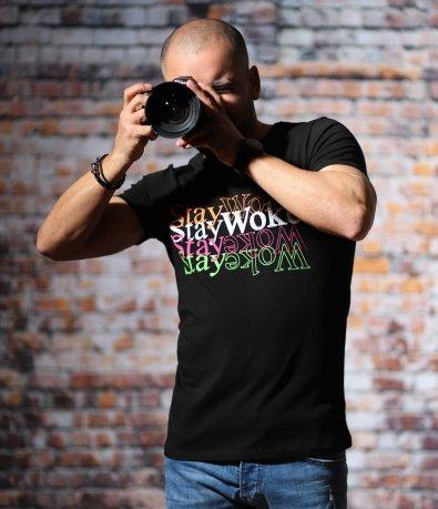 Черна тениска с надпис STAY WOKE 10694
