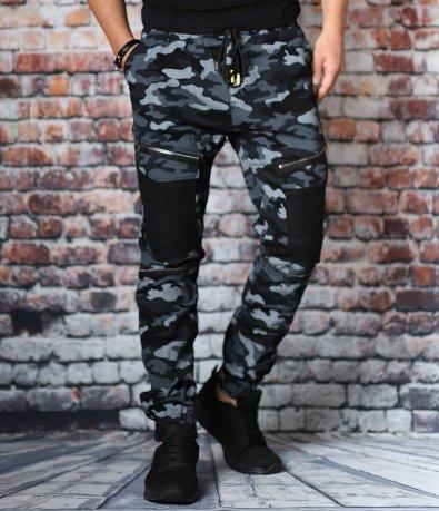 Камуфлажен карго панталон с ципове 10750