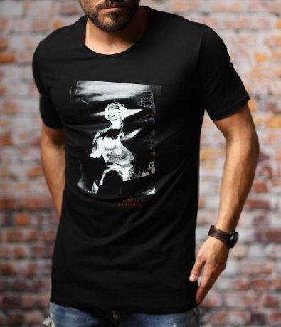 Черна тениска с преливащ силует 10768