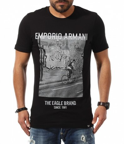Класна тениска в черен цвят Emporio Armani 10805