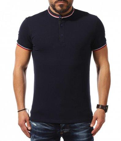 Ефектна тениска с ниска яка 10885