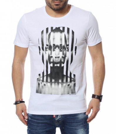 Едноцветна тениска с щампа 12351