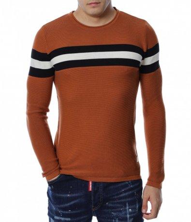 Пуловер с цветни линии 13161