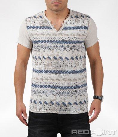 Впечатляваща тениска с бродиран ефект 6290