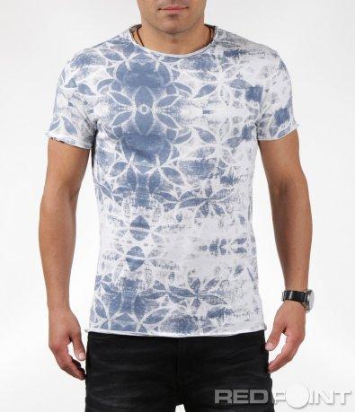 Бяла тениска със сини флорални мотиви 6304