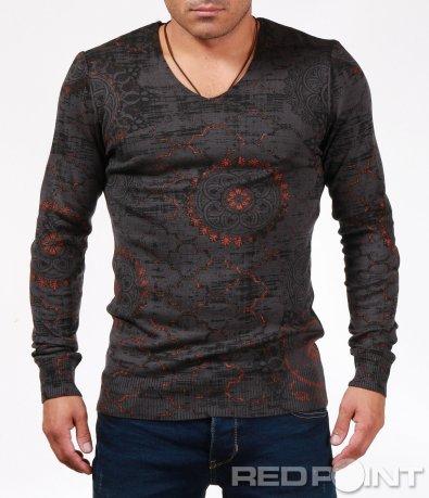 Пуловер с vintage орнамети 6867