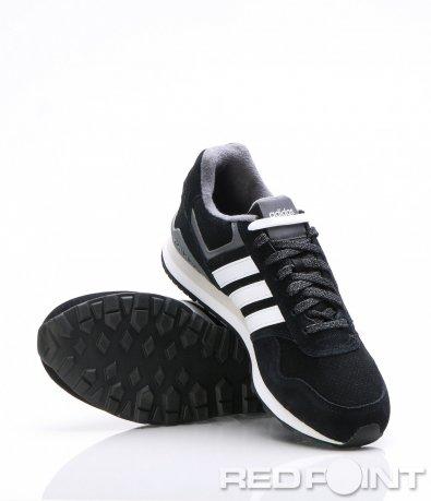 Спортни маратонки в черен цвят 7344