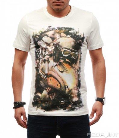 Ефектна тениска с голяма щампа 7623
