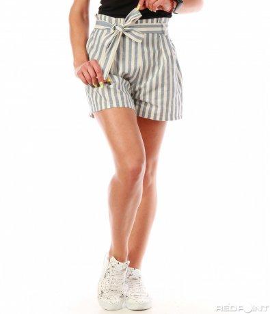 Елегантни къси панталонки на рае 8021
