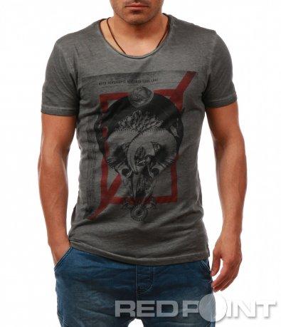 Тениска с голяма декоративна апликация 8062